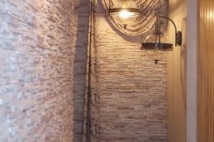 Шторы для лестницы и мансарды фото 13